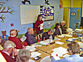 Nicola Waddington of Archives Alive delivering training to Hothfield History Society